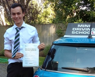 Alistair Hickman Driving lessons Epsom